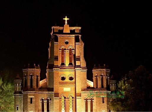 望海楼教堂旧称圣母得胜堂,位于天津市